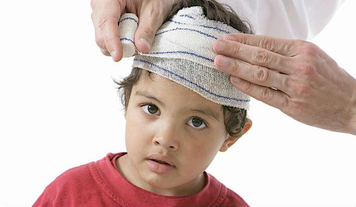 injured child