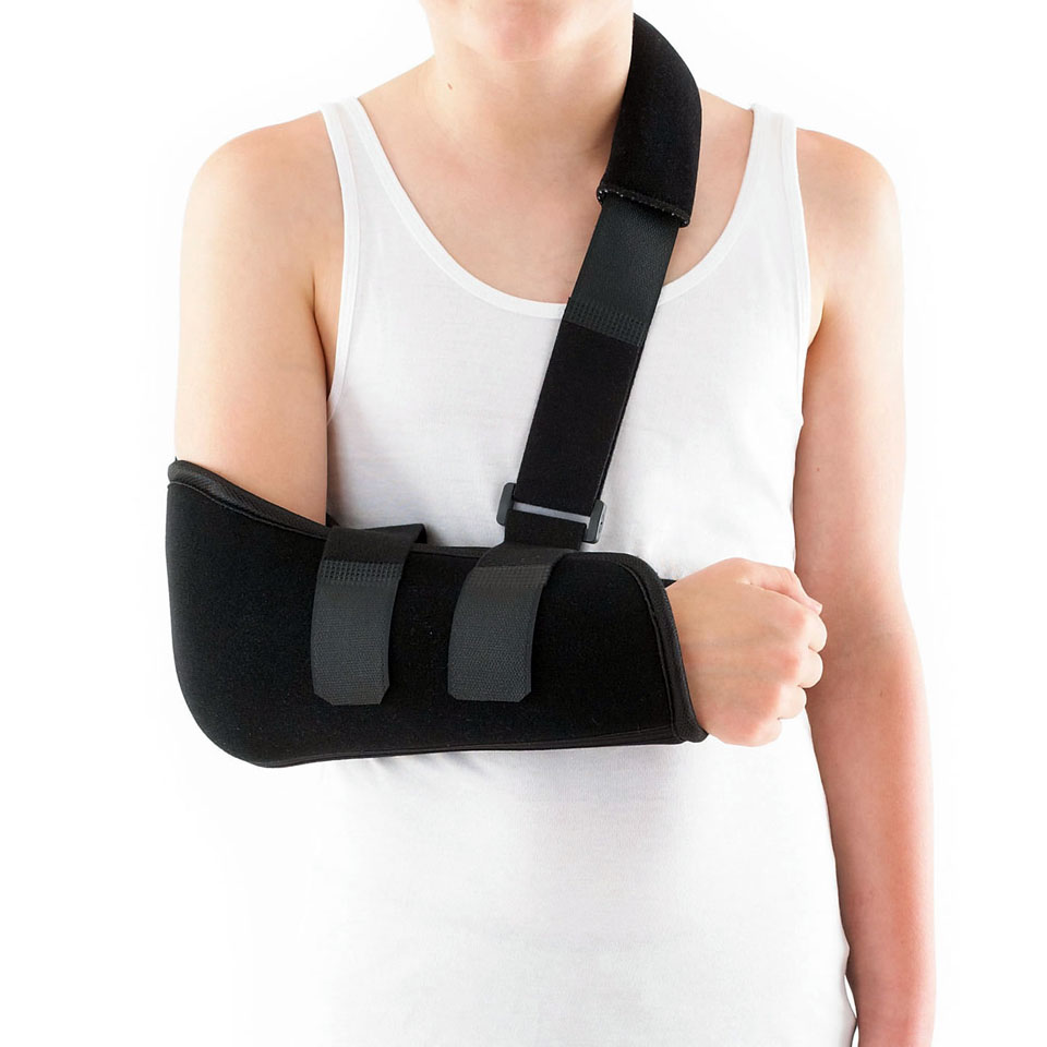 kid with elbow fracture